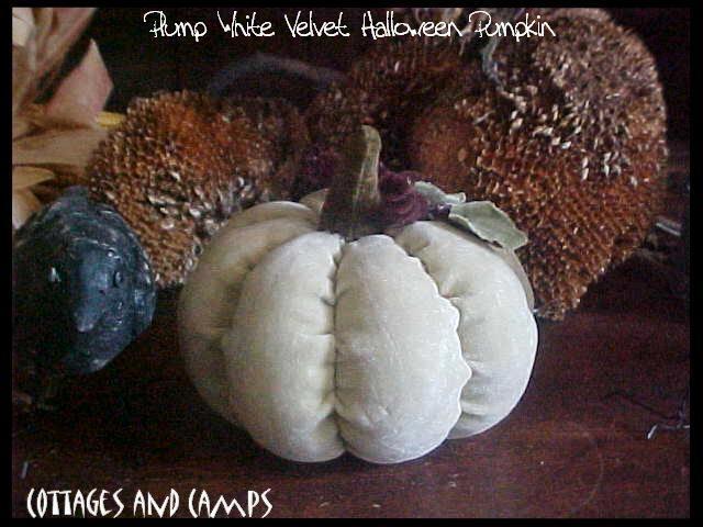 eeeks..Plump HALLOWEEN White VELVET JACK-O-LANTERN Pumpkin JOL VTG  Style