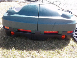 4 wheeler  Step up passenger seat ( comes with 2 rife holders)