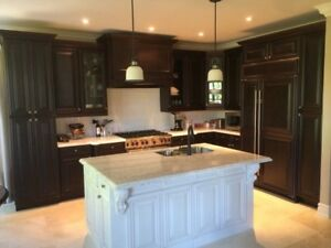 Beautiful Custom Kitchen to replace your old tired one !!!