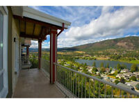 Lake Views,Top Floor 2bdrm+2bath Executive Condo,pool hot tub...