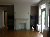Spacious 3 1/2 appartment in Westmount (lease transfer) 1st july