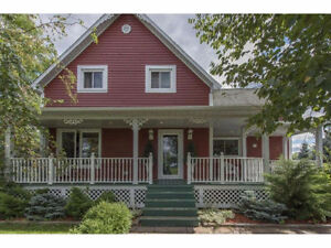 RENOVATED COUNTRY HOME!! Cornwall Ontario image 1