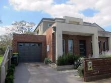 ROOM FOR RENT NEAR LA TROBE UNI/ RMIT, NORTH MELBOURNE/ BUNDOORA Kingsbury Darebin Area Preview