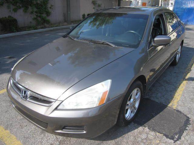 Imagen 1 de Honda Accord  gray