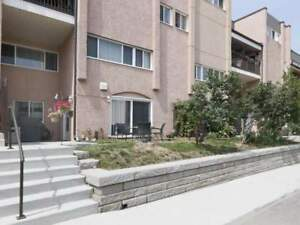3 Bdrm, 2 Bath Stacked Townhouse In Applewood Heights