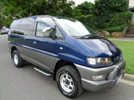 1998 Mitsubishi Delica Exceed (spacegear) Blue Metallic 4 Speed Automatic Wagon