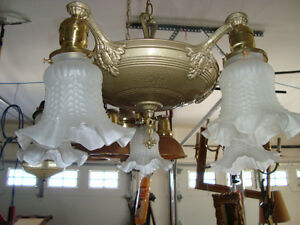 GREAT VINTAGE 1920-1930'S HANGING DINING ROOM LIGHT FIXTURE