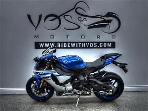 2016 Yamaha YZF-R1- Stock #V2486NP- Free Delivery in the GTA**