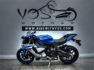 2016 Yamaha YZF-R1- Stock #V2486NP- No Payments for 1 Year**