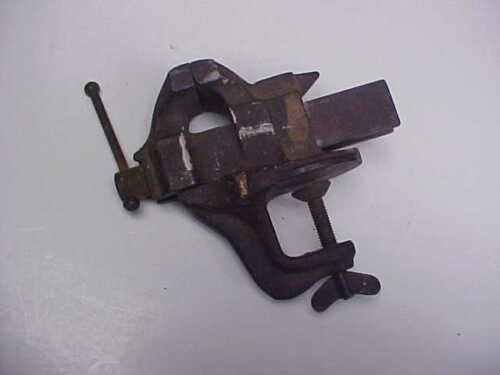 OLD / ANTIQUE SMALL JEWELERS WATCHMAKER  CLAMP VICE  BENCH ANVIL NICE SIZE