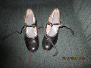 2 Pair of girls VINTAGE 1960's Patent Leather Tap Shoes London Ontario image 1