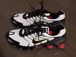 Nike Air Shox Brand New Size 12