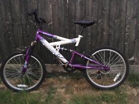 Girls bike, 20inch wheel, 6 gear bike