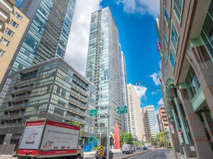 Toronto 1BR 1WR Condo For Sale!