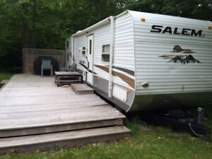 2010 35' Salem Travel Trailer