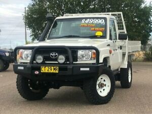 2013 Toyota Landcruiser VDJ79R MY13 Workmate White 5 Speed Manual Cab Chassis Hillvue Tamworth City Preview