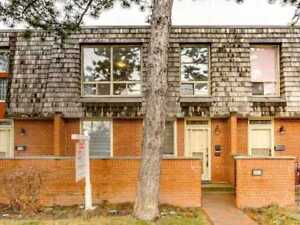 Elegant 2 Bdr 2-Storey Townhouse Located At 69 Upper Canada Dr