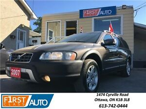 2007 Volvo XC70 2.5 T - Fully Loaded - All Wheel Drive