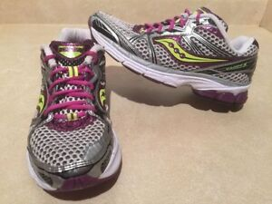 Women's Saucony Guide 5 Running Shoes 7 London Ontario image 1