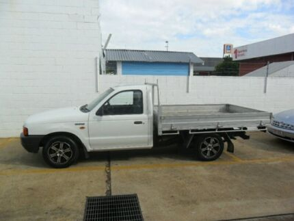 2002 Ford Courier PE GL White 5 Speed Manual Cab Chassis Kippa-ring Redcliffe Area Preview