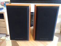 Mordaunt Short MS902 Speakers with speaker wall brackets include