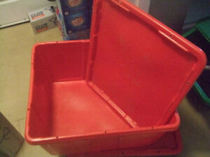 Moving Bins, Commercial grade, 4 pieces with 4 lids