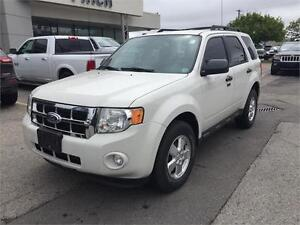 2011 Ford Escape XLT***Leather, Heated Seats, Bluetooth***