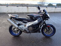 2006 Aprilia rsv 1000 Tuono r in black with only 8622 miles, excellent all round condition
