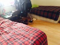 Twin bed in roomshare to let in flatshare at Mile End & Stepney Green