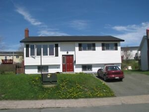 28B Drake Cres, East End - A Large One  Bedroom Apt with Den