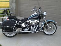 Harley Davidson Heritage Softail Lots of Extras! Amazing shape