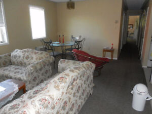 Spacious 3BR 2BA apartment at Erb/University AVAILABLE NOW! Kitchener / Waterloo Kitchener Area image 5