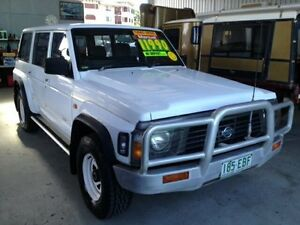 1997 Nissan Patrol RX White 5 Speed Manual Wagon Bungalow Cairns City Preview