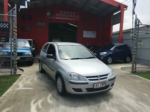 2005 Holden Barina XC MY05 SXI Silver 5 Speed Manual Hatchback Clontarf Redcliffe Area Preview
