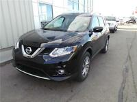 WOW 2015 NISSAN ROGUE SL AWD EVERYONE IS APPROVED ONLY $229 BW!!