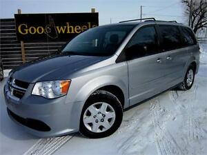 2013 Dodge Grand Caravan SXT-POWER SEATS-REAR HEAT & AIR