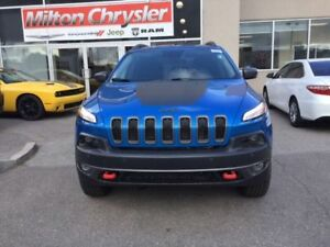 2018 Jeep Cherokee TRAILHAWK 4X4 V6 / LEATHER/ BLIND SPOT / FWD