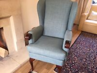 Luxury high seat chair *** An absolute bargain***