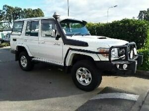 2011 Toyota Landcruiser VDJ76R MY10 GXL French Vanilla 5 Speed Manual Wagon Acacia Ridge Brisbane South West Preview