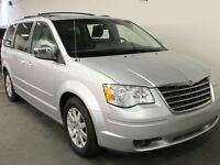 2008 Chrysler Town & Country CLEAN CARPROOF | LEATHER HEATED