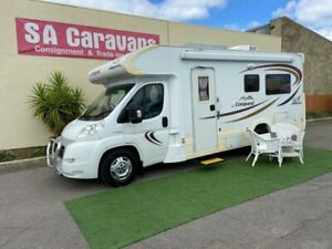 JAYCO CONQUEST 23' MOTORHOME with SHOWER/TOILET and AIR CONDITIONING