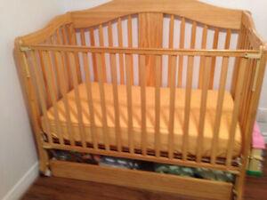 Lit de bébé 4-en-1 Tammy de Kidilove -urgent
