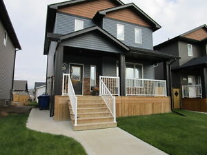 New 3 Bedroom Full Home in Warman for Rent