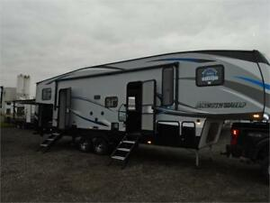 2018 FOREST RIVER ARCTIC WOLF 5TH WHEEL 315 TBH! LOADED! $47995!