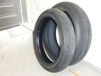 sets de pneus usagés Pirelli et Dunlop