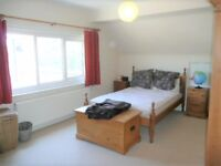 LOVELY 2 BED FIRST FLOOR FLAT - WITH PRIVATE FRONT GARDEN - QUIET ROAD WITH EASY ACCESS TO UXB RD