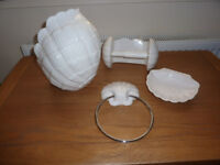Set of china bathroom accessories in shell design
