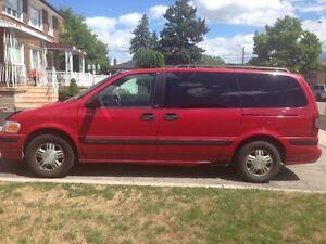 1999 Chevrolet Venture Minivan, Van
