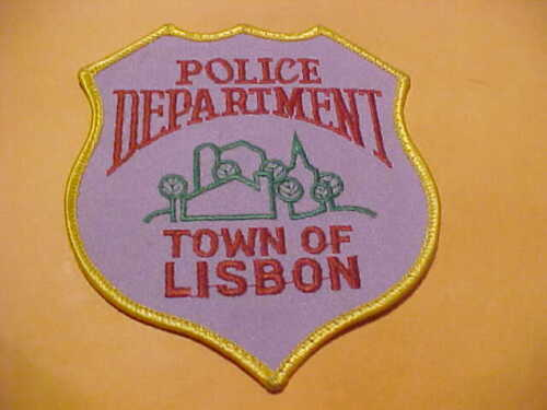 TOWN OF LISBON WISCONSIN POLICE PATCH SHOULDER SIZE USED