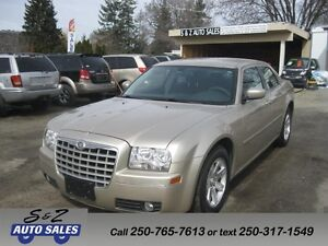 2006 Chrysler 300 LOW KM! ONE OWNER! GARAGE KEPT!